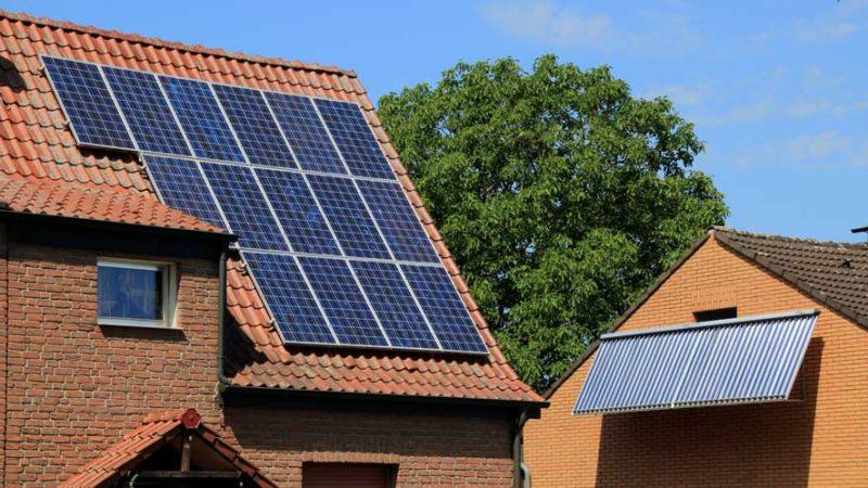 Kurz erklärt: Was ist der Unterschied zwischen Solaranlage, Solarthermie und Photovoltaikanlage?