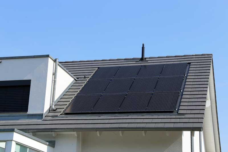 Nachhaltig investieren: Alles zur Finanzierung einer Photovoltaikanlage