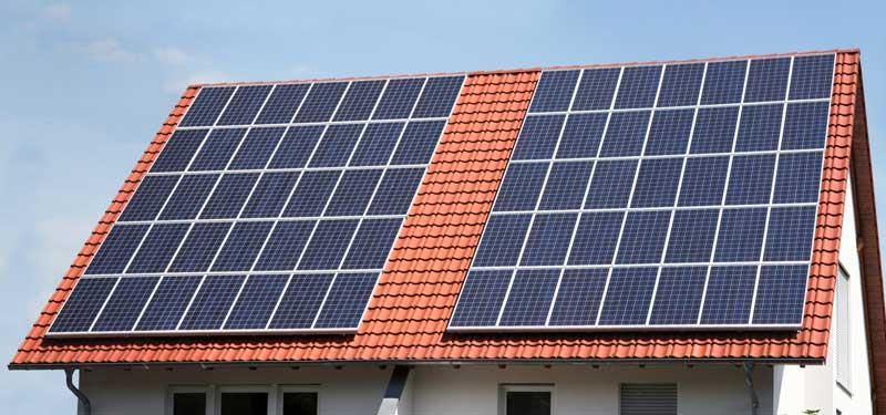 Photovoltaikversicherung: Wie sichere ich meine PV-Anlage ideal ab?